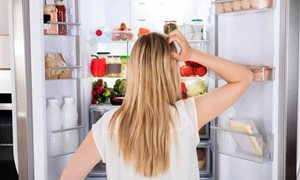 8 Signs Your Refrigerator is Dying